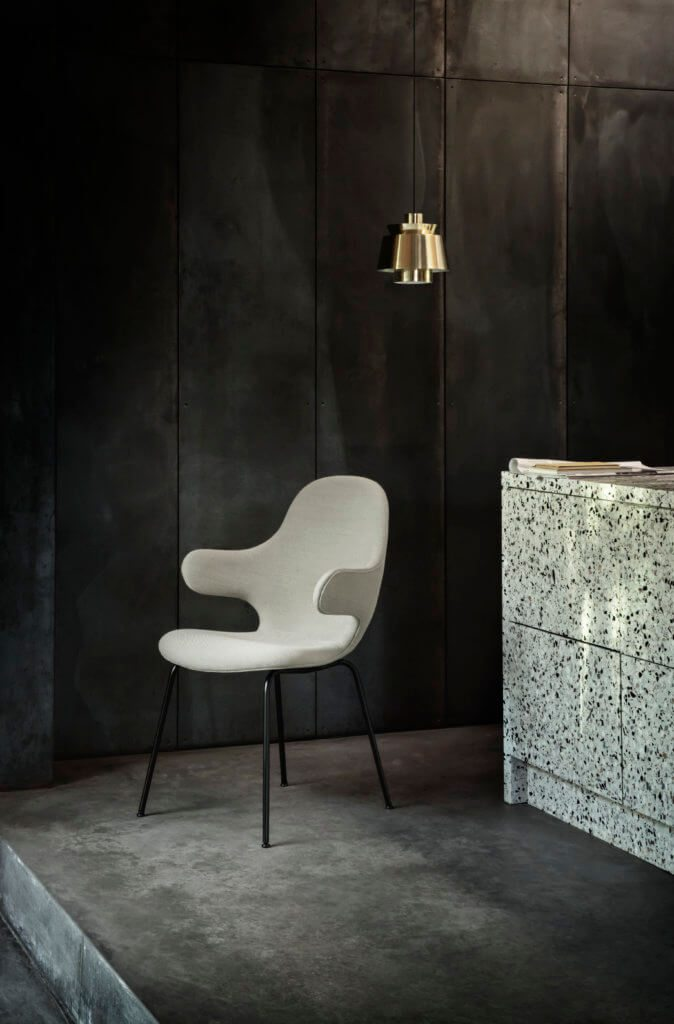 tendance dark interiors &tradition campaign catch chair