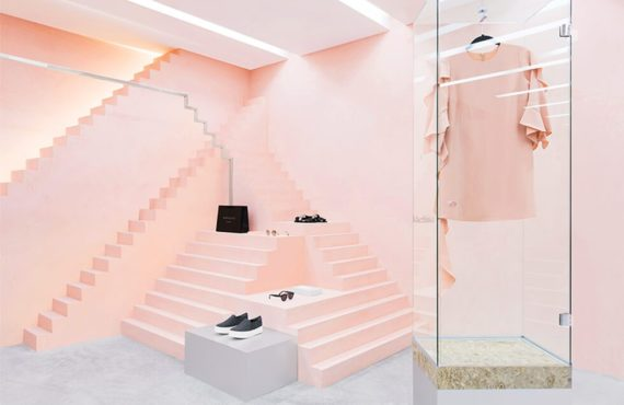Le rose en retail - Novelty store in New York, by Anagrama