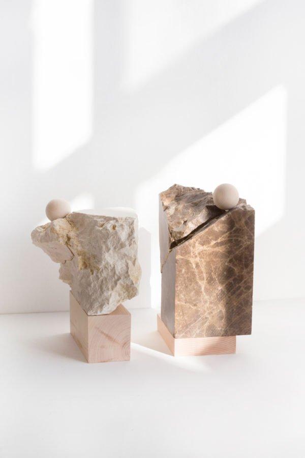Les designers s'inspirent des totems afin de créer des objets et mobilier du quotidien aux formes essentielles et à la fonction protectrice...