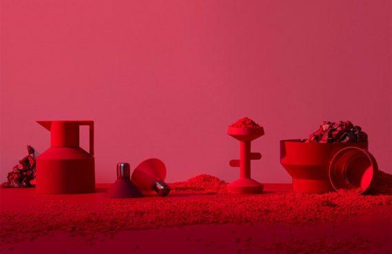 Un exercice de style visuel, exposant les plus grandes marques de design scandinaves dans un environnement extraterrestre par Sindroms Magazine.