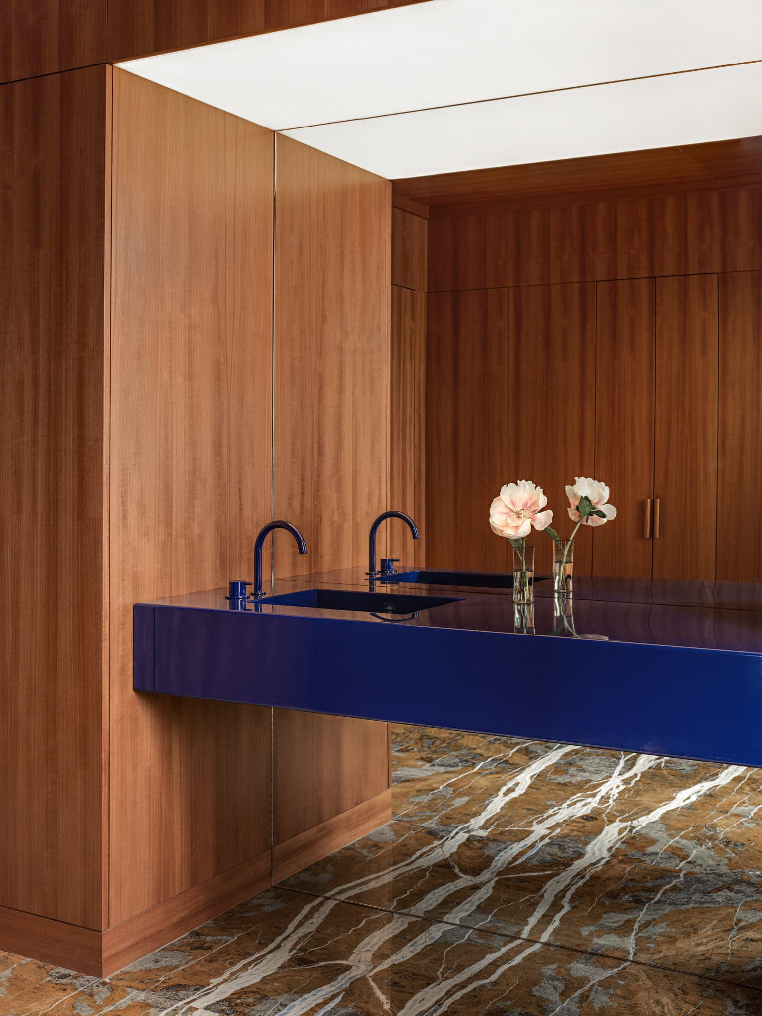 Halleroed designed an executive suite in New York