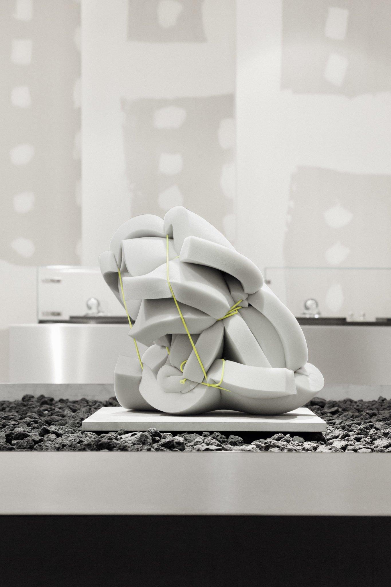 VAUST studio crée le concept-store de Realtale groupe à Hanovre, pour des produits haut de gamme et innovants.