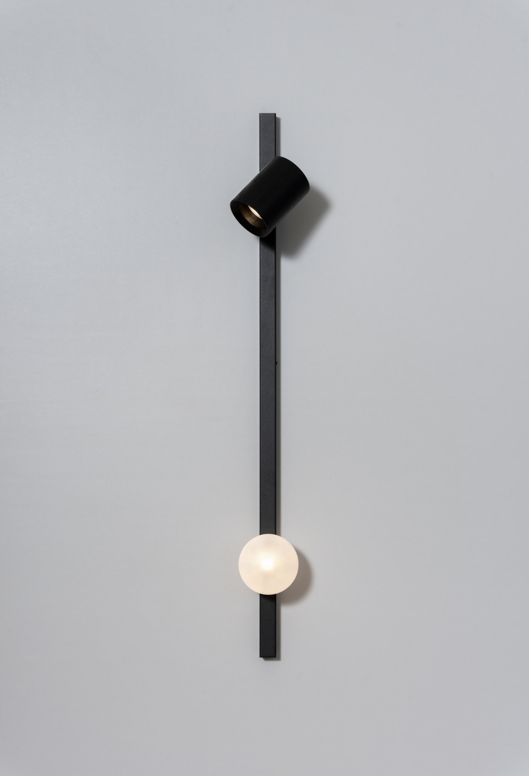 Maison et Objet 2020, minimal wall light by Asaf Weinbroom
