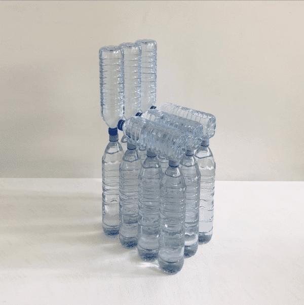 Design et COVID-19: Les designers Max Enrich et Garance Vallée montrent l'exemple en créant des objets design avec les moyens du bord