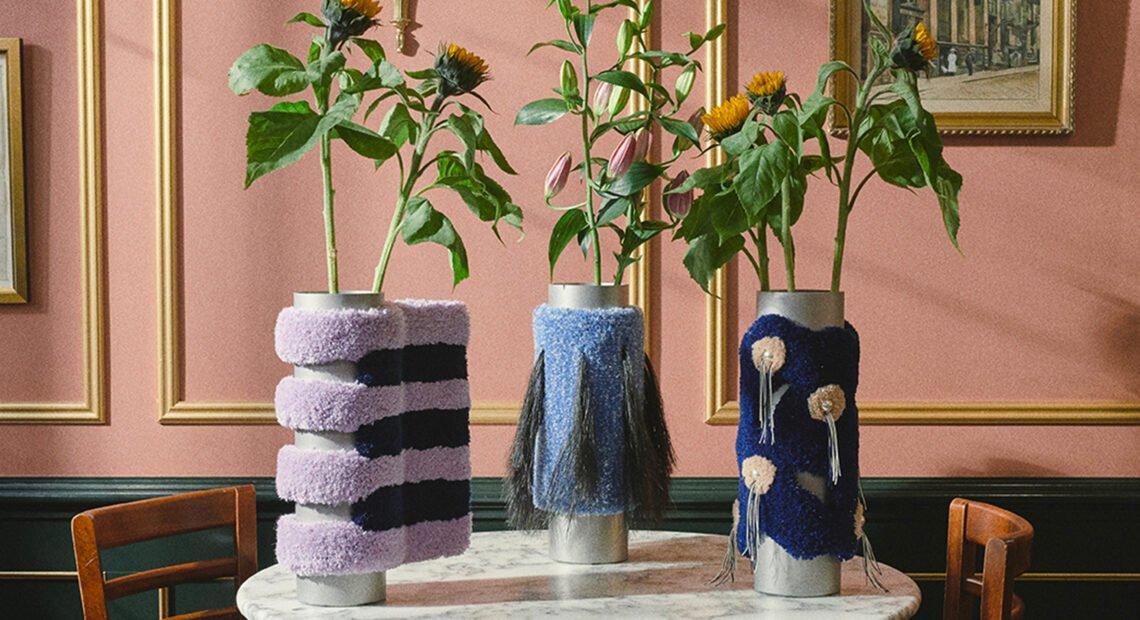 Cornucopia, une exquise série de 15 vases par Röd Studio et Tableau